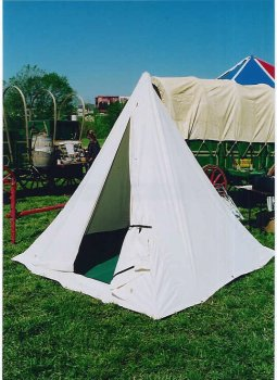 Does a  pyramid tent  look something like this? & HistoricalTrekking.com :: View topic - pyramid tent